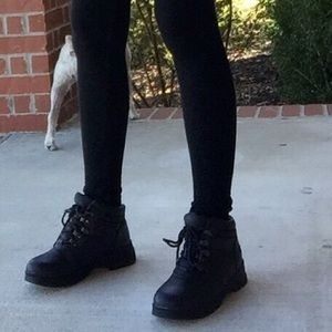 Totes Shoes - Black winter boots
