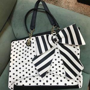 Betsey Johnson purse Large, Black/white/ Bow