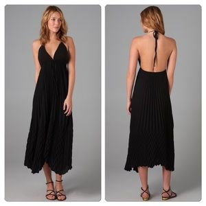 Alice + Olivia Dresses & Skirts - Reduced Again ✂ alice + olivia Pleated Maxi Dress