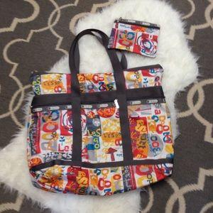 LeSportsac Handbags - LeSportsac Tote Bag