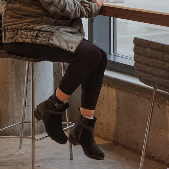 Keen Morrison Chelsea Boot (Women's)