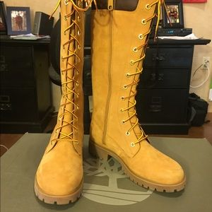 Women's Calf high timberland lace up boots