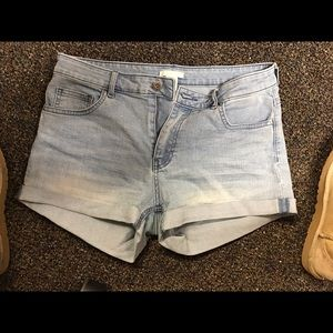H&m size 8 jean shorts