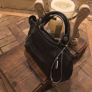 Cole Haan Handbags - ☑️Cole Haan Bag