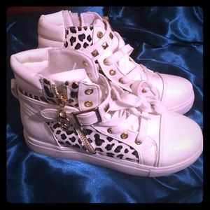 White, gold and leopard high tops