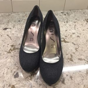 Unisa Shoes - ❗️❗️Unisa size6.5 grey wool and black patent pumps
