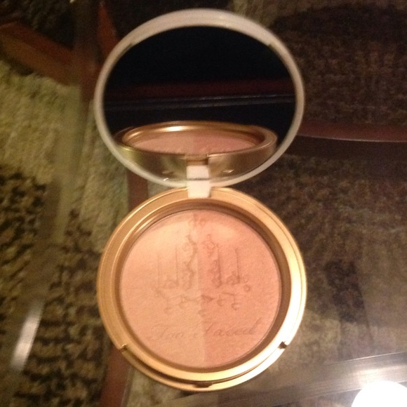 Too Faced - 🌺SALE🌺NEW!! TOO FACED CANDLELIGHT W/BRUSH from ...