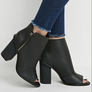 Forever 21 Shoes - Forever 21 heeled booties