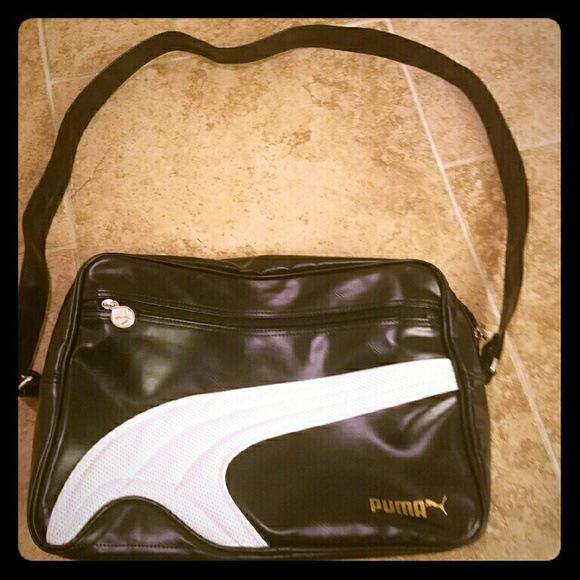 2f9f0e151d8d Puma Reporter bag. M 580ec10d4225be108f021a37