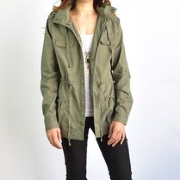 81% off Hollister Jackets & Blazers - 🍃GREEN HOLLISTER UTILITY ...