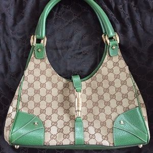 Gucci medium green shoulder bag