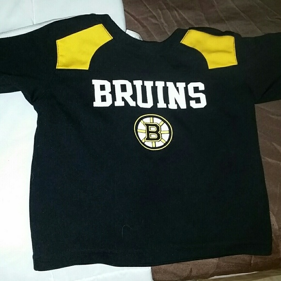 best service 34c40 4f62f Authentic Bruins toddler Jersey in brand new cond