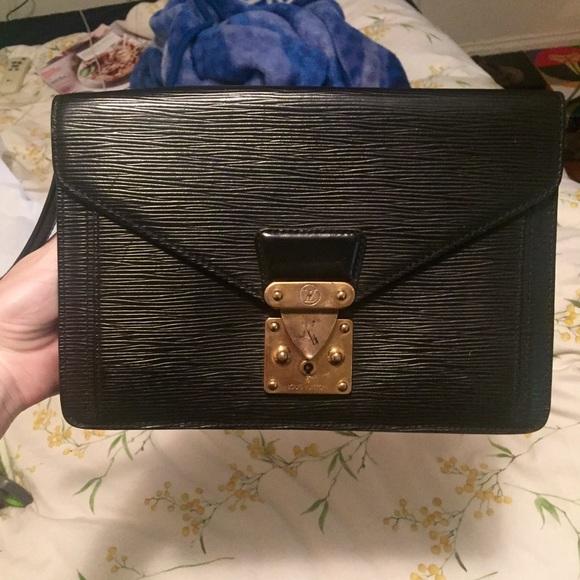 c88327fb875d Louis Vuitton Handbags - Louis Vuitton