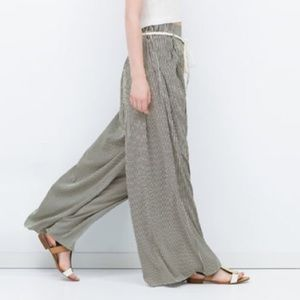 Zara Pants - Zara Wide Leg Striped Trouser