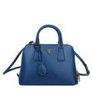 Anita Handbags - handbag