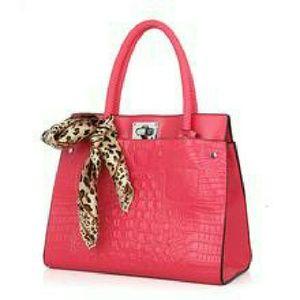 40weft Handbags - handbag