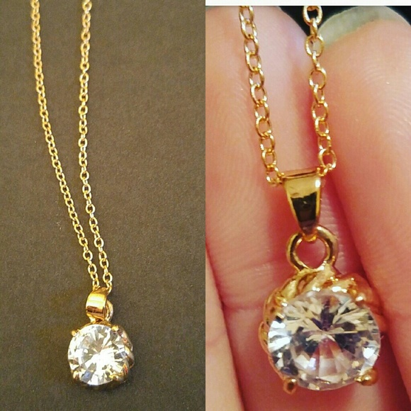 06f07eb4a0b84 CLASSIC GOLD NECKLACE W. ROUND CRYSTAL STONE Boutique