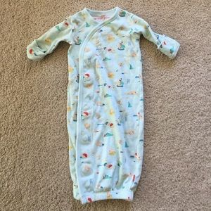 Burt's Bees Baby Other - Easy magnetic newborn sleeper