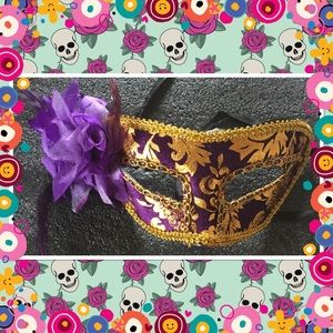 Purple stunning lace flower party eyemask