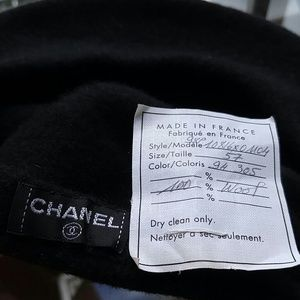 CHANEL Accessories - CHANEL BERET HAT