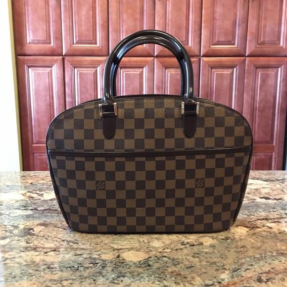 Louis Vuitton Handbags - Authentic Louis Vuitton Damier Ebene Sarria fe679d9087