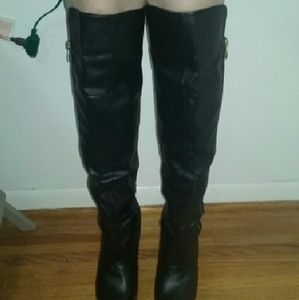Shoes - Sexy Black Boots with Gold zipper