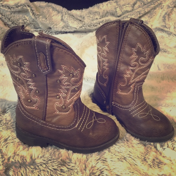 1b3115f59c5 Cute Toddler cowgirl boots!💗