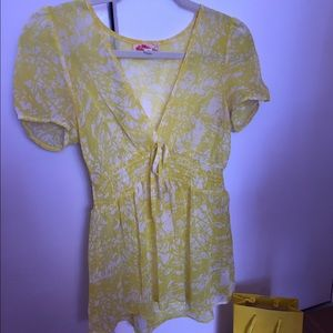 Forever 21 Yellow Breezy Top Size M