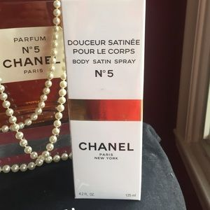 chanel body satin spray