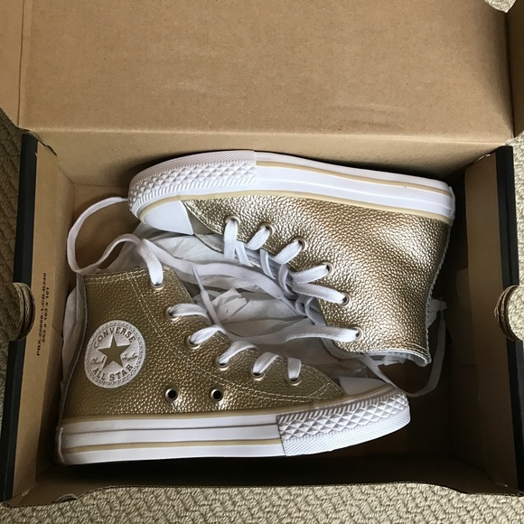 HOLD 🎉HP🎉CONVERSE All Star High Tops Stingray 11 7cbc6ed87