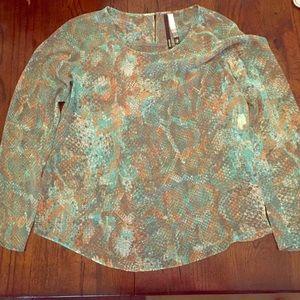 Kensie dressy long sleeve shirt