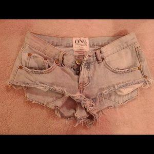 Size 24 one teaspoon shorts