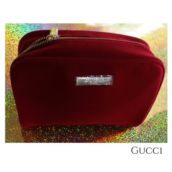 4a69bb68b8c0cc Gucci Handbags - 🆕 Gucci Parfums Red Velvet Bag
