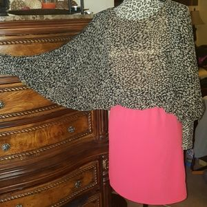 Dresses & Skirts - Coral & animal print Bat wing open  sleeves
