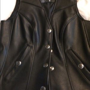 🎈SALE🎈Harley Davidson leather vest NWOT *Sexy
