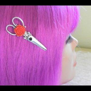 Abbie's Anchor Accessories - Red rose scissor hair clip🌹🌹🌹