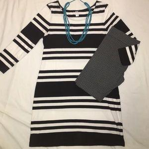 Old Navy black/white stripe dress (size L)