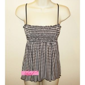 ModCloth Tops - ModCloth Houndstooth Smocked Tank Tube Flowy Top M