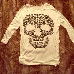 Graphic Skull Top