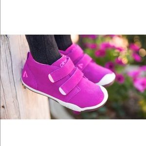 PLAE Other - PLAE Lou the chukka in berry fushia