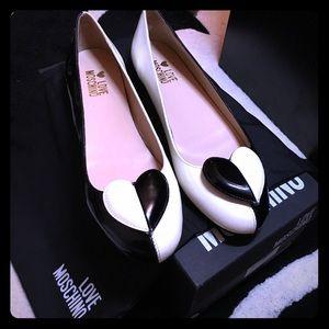Love Moschino Shoes - NIB Love Moschino Leather Flats