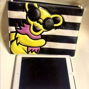 ALICE + OLIVIA x Grateful Dead Limited Ed. Clutch