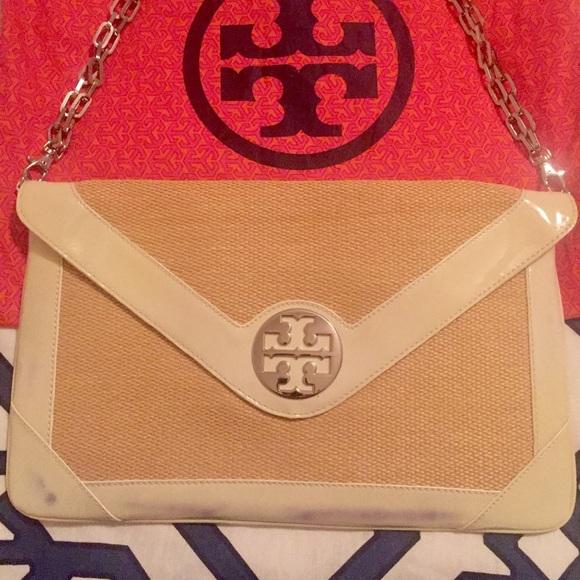 34f9edb29181 Authentic Tory Burch Straw Clutch   Shoulder Bag