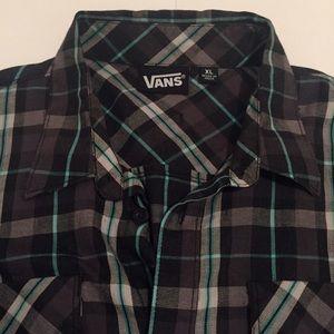 NWOT men's VANS shirt