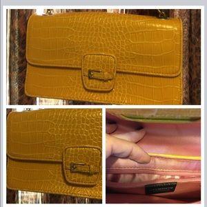 Liz Claiborne Handbags - Liz Claiborne Mustard chain 👛 clutch purse!
