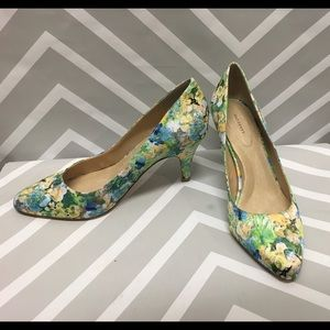 🎉sale🎉 Lands' End watercolor floral pumps