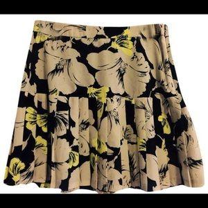 Banana Republic Dresses & Skirts - Banana Republic Floral Blue Green Pleated Skirt