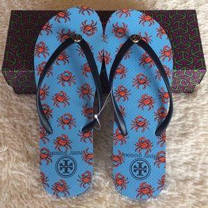 5b745323b430 Tory Burch Shoes - TORY BURCH THIN FLIP FLOP CRABS COMBO TORY NAVY