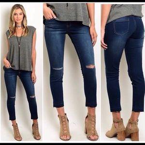 Denim - Cute Cropped Jeans