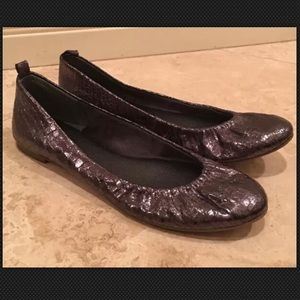 BANANA REPUBLIC Crinkle Leather Ballet Flats 8M